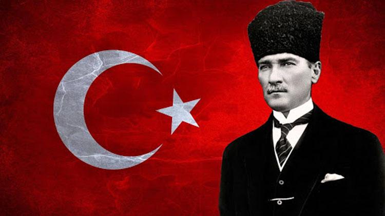 """""""Atatürk en büyük bağımsızlık mücadelesinin mimarıdır"""""""