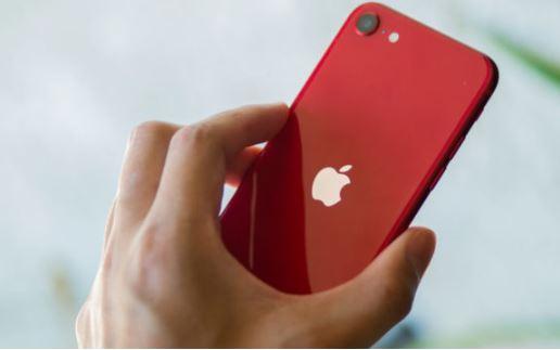 Yeni Nesil iPhone SE hakkındaki yorumlar olumlu