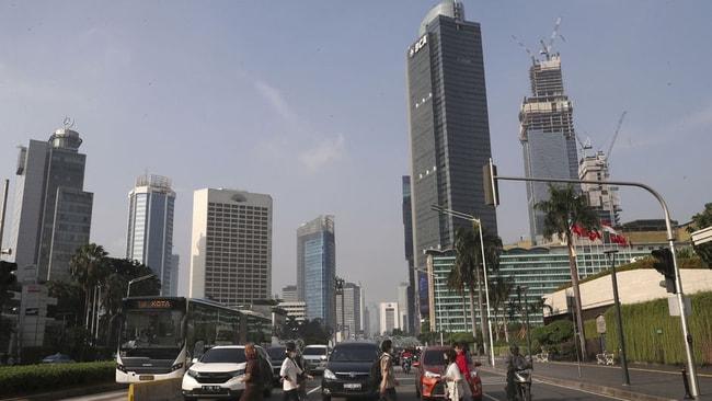 Endonezya'nın başkentini taşımaya hazırlar