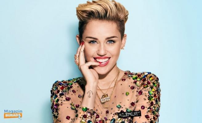 Miley Cyrus Temizlik İtirafı İle Şaşırttı: İki Kez Yıkadım!