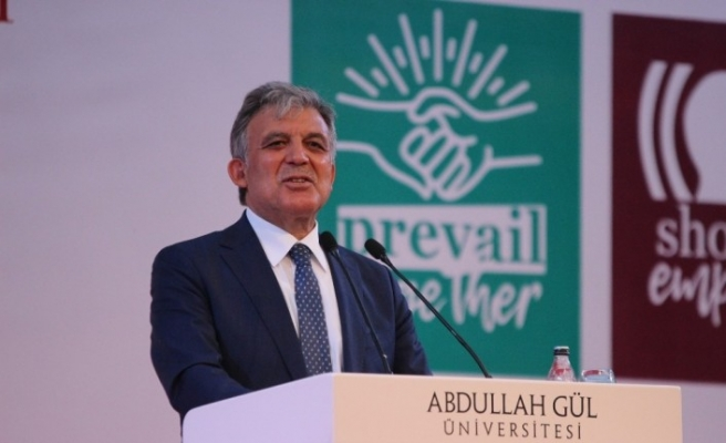 """11. Cumhurbaşkanı Abdullah Gül: """"Pandemi dolayısıyla büyük istihdam meseleleri ortaya çıkacak"""""""