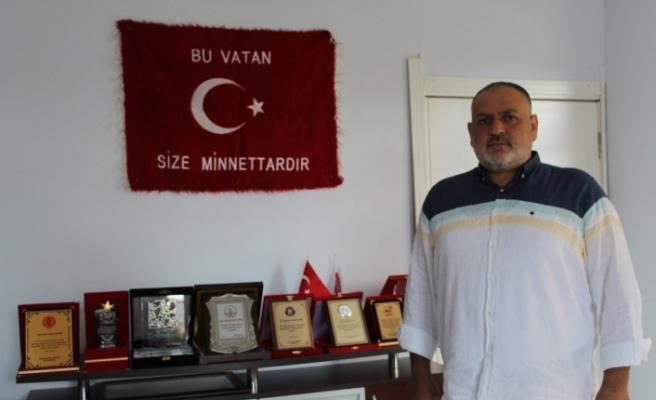 15 Temmuz'da tankların egzozuna tişört tıkayarak durduran Mehmet Şükrü Kıntaş o geceyi anlattı