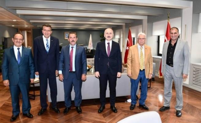 Apaydın'dan Ulaştırma Bakanı Karaismailoğlu'na ziyaret