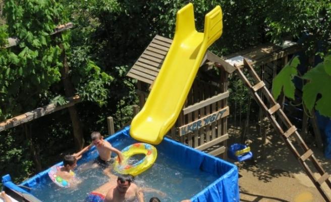 Artvin'de mobil aqua parklı havuz