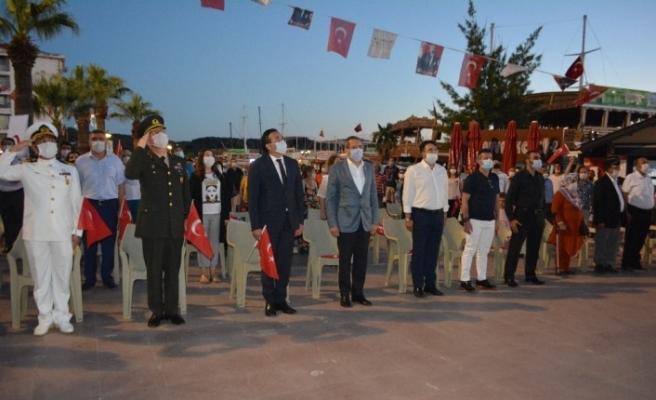 Ayvalık'ta 15 Temmuz Demokrasi ve Milli Birlik Günü'nün 4. yıldönümü hüzünlü bir coşkuyla anıldı