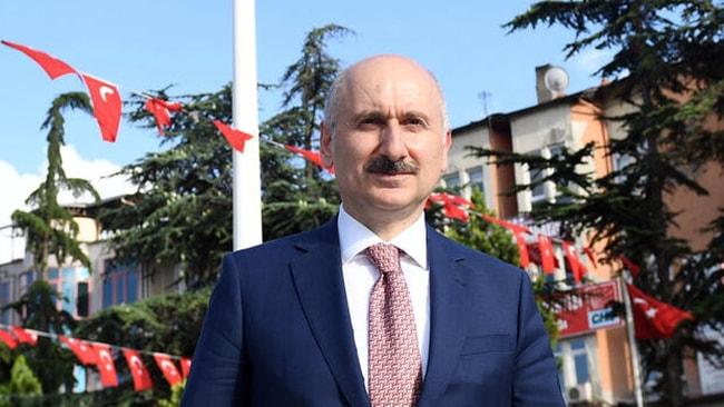 Bakan Karaismailoğlu, Ankara Garı'nda gençlerle buluştu