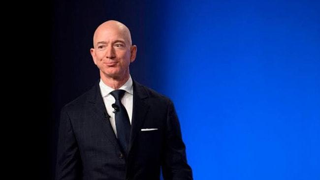 Bezos kendi servet rekorunu kırdı