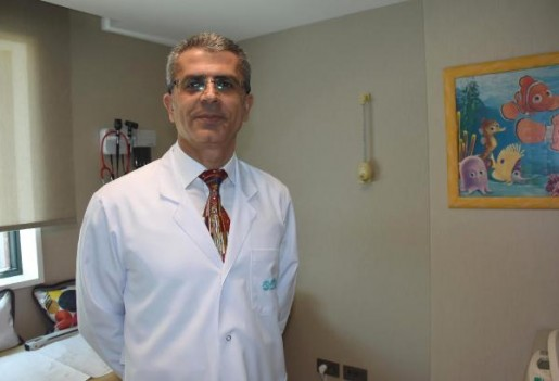 Dr. Özoğlu'ndan aşı uyarısı: 'Yağmurdan kaçarken doluya yakalanmayın!'