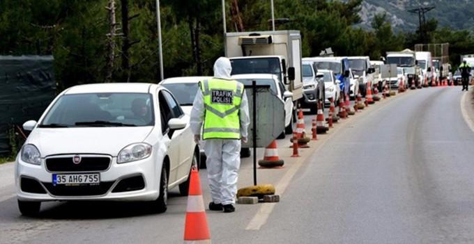 Ege'ye turistten önce korsan taksiler akın etti