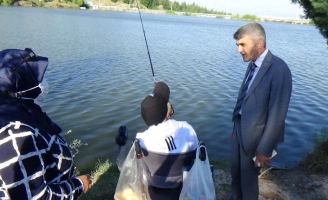 Engelli bireyler balık tutmak için yarıştı