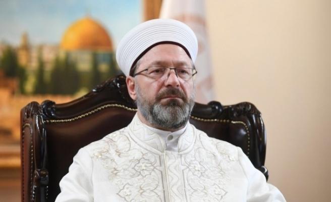 """Erbaş: """"İslam dünyasında şahsi menfaatlerini düşünerek Kudüs'e ihanet manası taşıyan söz ve eylemlerde bulunan bazı kişi ve gruplar da derhal bu hıyanetten vazgeçmelidir"""""""