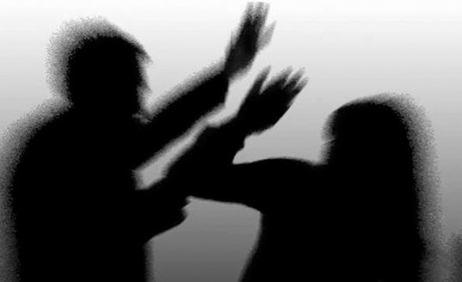 """""""Erkek şiddeti kadının kaderi değil toplumun öğretisidir"""""""