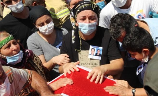 İzmir'de şehit olan orman işçilerine acı veda