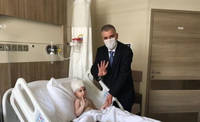 (Özel) Cumhurbaşkanı Erdoğan'ın hastane açılışında sohbet ettiği çocuğun babası konuştu