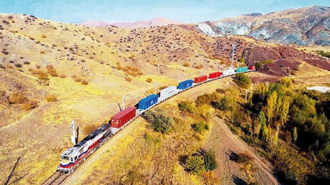 Salgın döneminde demiryolu hattı ticaretin sürmesini sağlayan en önemli etken oldu, ticarete hayat verdi