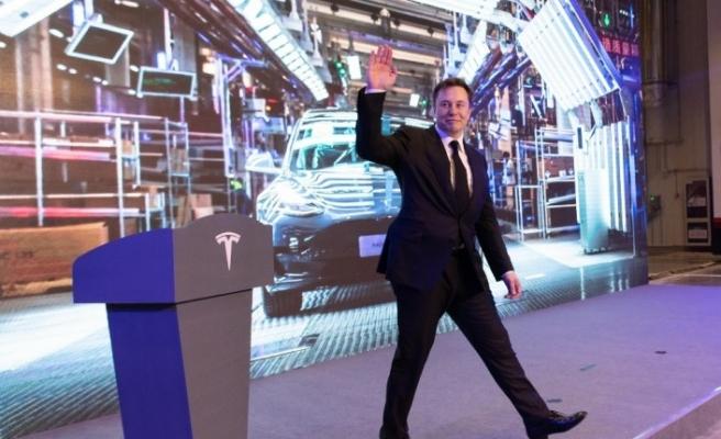 """Tesla'nın CEO'su Musk, """"5'inci seviye otonom sürüş teknolojisine sahip araçları üretmemiz çok yakın"""""""