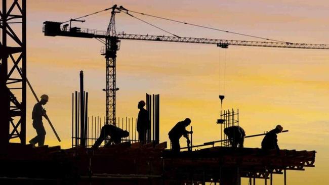 Üç sektörde de güven arttı