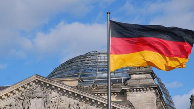 Almanya'nın kamu borcu geriledi