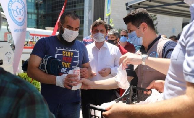 Ayasofya Camii için Bursa'da lokma döktürüldü