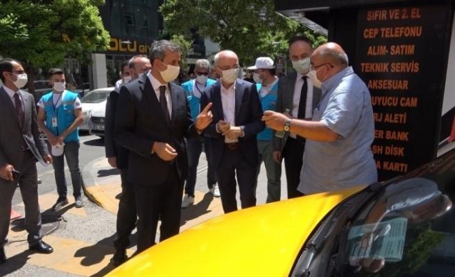 Bakan Yardımcısı Erdil, pilot il Kırıkkale'de 'korona virüs' denetimi yaptı