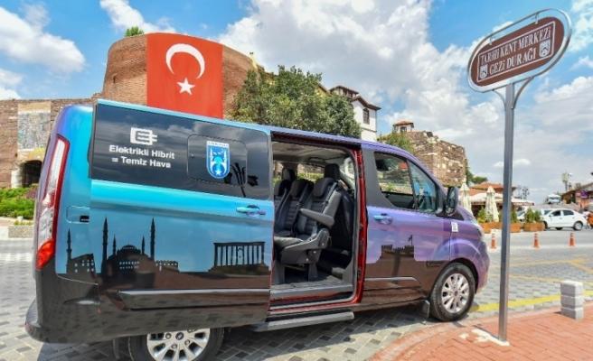 Başkent'te turistik hibrit araç büyük ilgi görüyor