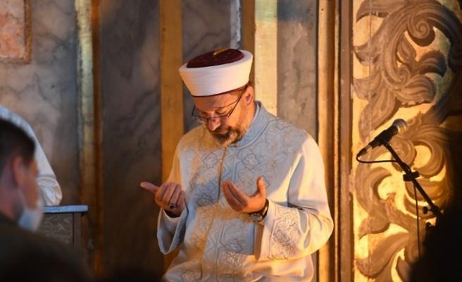 Diyanet İşleri Başkanı Erbaş, Ayasofya-i Kebir Cami-i Şerifi'nde bayram hutbesi irad etti