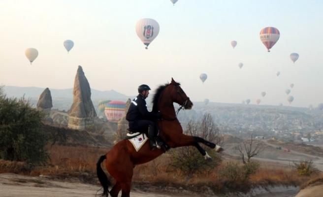Kapadokya'da balonlar gökyüzü ile yeniden buluşuyor