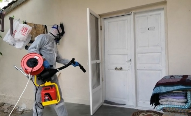 Karantina evleri dezenfekte ediliyor