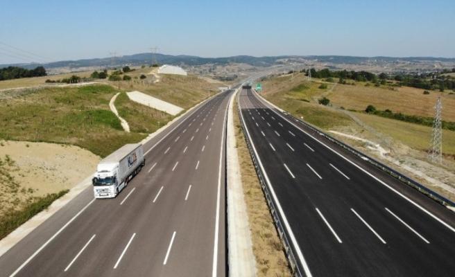Kuzey Marmara Otoyolu'nin Sevindikli-İzmit geçişi bayram tatilcilerine açıldı