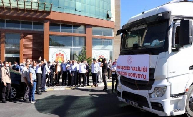 Nevşehir'den İdlib'e 25 tır bims gönderildi