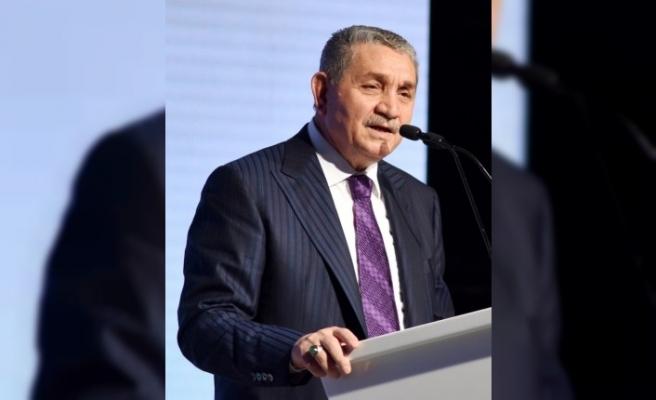 """Öz Orman İş Gelen Başkanı Aslan: """"Türkiye'nin hiç unutmadığı 45 saniyenin acılarını ilk günkü şiddetiyle yaşıyoruz"""""""