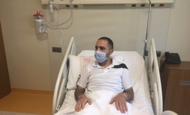 (Özel) Ambulans uçakla Van'dan getirilen hasta, şehir hastanesinde tedavi edildi
