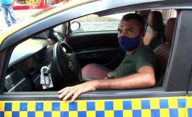 (ÖZEL) Bayrampaşa'da taksi şoförü, yolcunun hayatını kurtardı