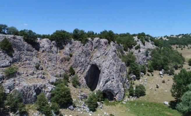 (Özel) Bu mağaraya Eskişehir'den giren Bolu'dan çıkıyor