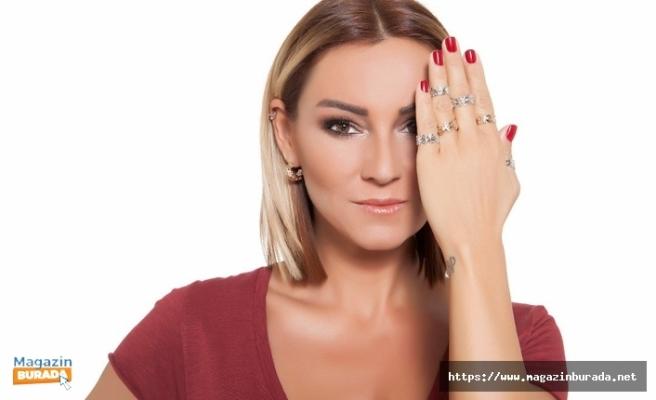 Pınar Altuğ'un Yüzü Sosyal Medya Takipçilerinden Yana Gülmedi