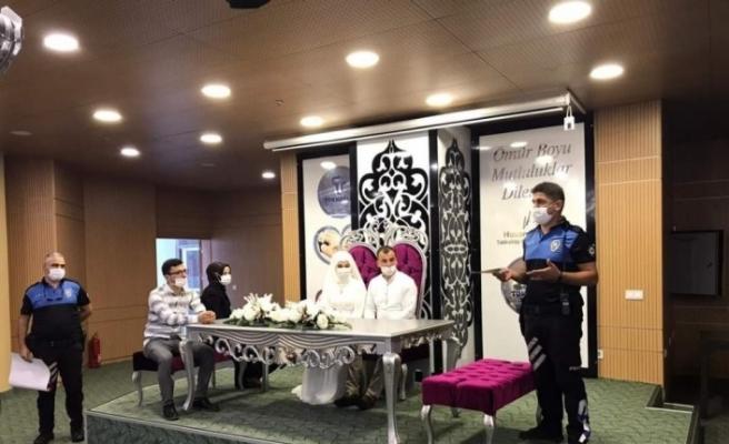 Samsun'da düğün, kına gecesi ve nişan etkinliklerinde korona virüs denetimleri