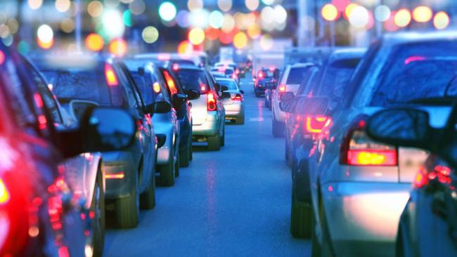 Trafikteki araç sayısı yüzde 105 arttı