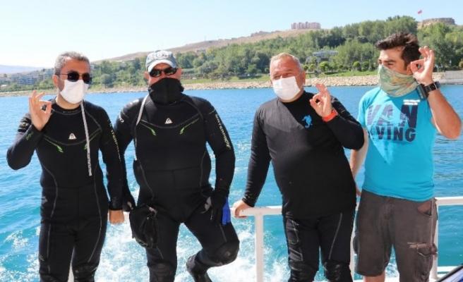 Van Gölü'nün sırları Edremit Belediyesi ile aralandı