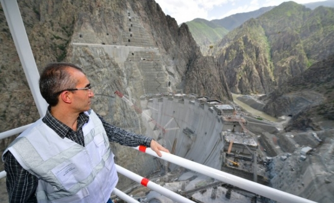 Yusufeli Barajı'nın tamamlanması için son 50 metre