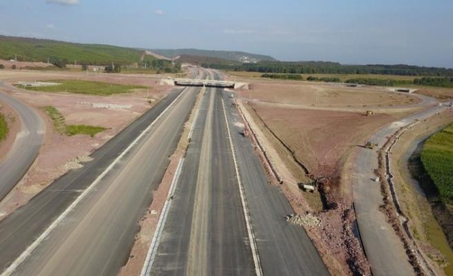 21 Aralık 2020 tarihinde hizmete açılacak Kuzey Marmara Otoyolu havadan görüntülendi