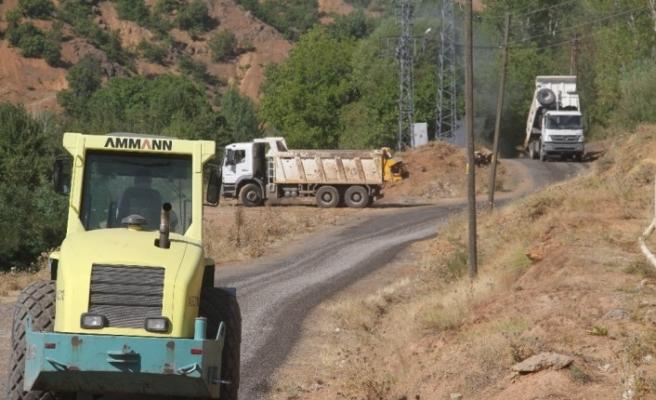 Bingöl'de rekor kırıldı, 92 köy yeni asfalt yola kavuştu