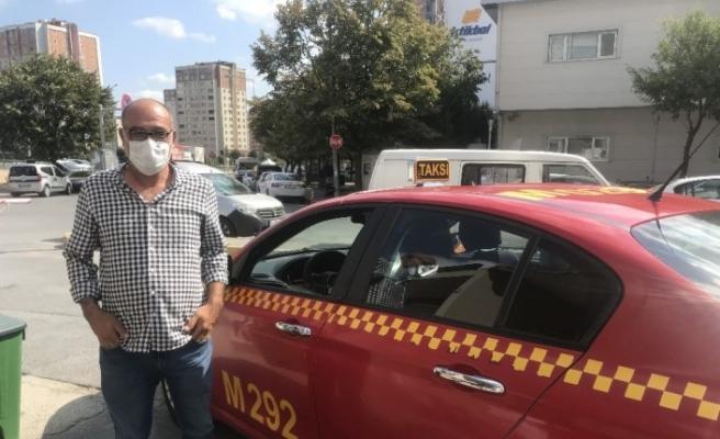 Bordo renkli taksiler, sarı renge dönüştürülecek