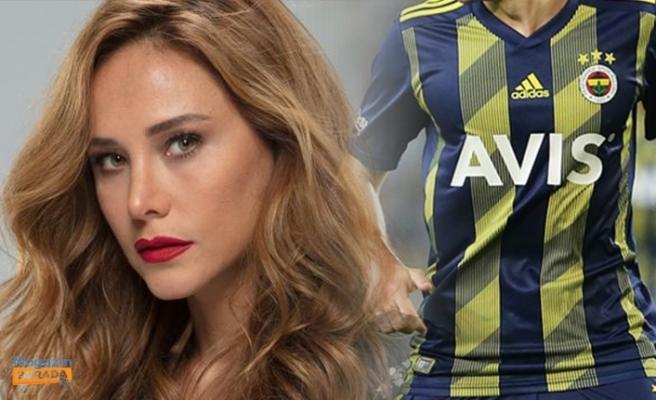 Burçin Terzioğlu Hangi Fenerbahçeli Futbolcunun Doğum Gününü Kutladı?