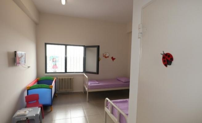Ceza infaz kurumlarında kalan çocuklu anneler için özel bina