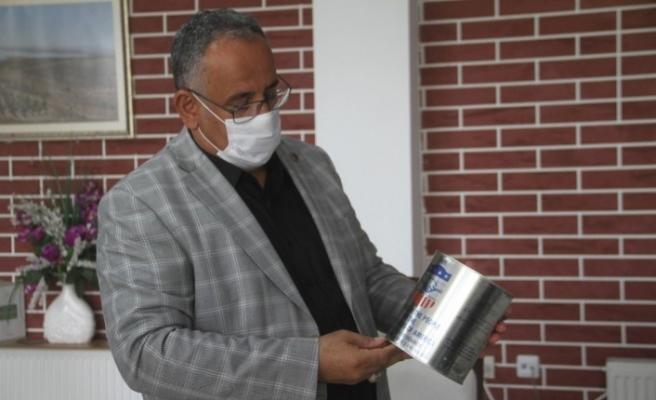 Elazığ'da okul çatısında bulunan ABD'nin 50 yıl önce gönderdiği yağların analizi yapıldı