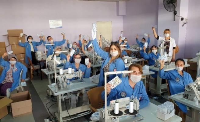 Fabrika gibi çalıştılar, 162 bin maske, 6 ton dezenfektan ürettiler
