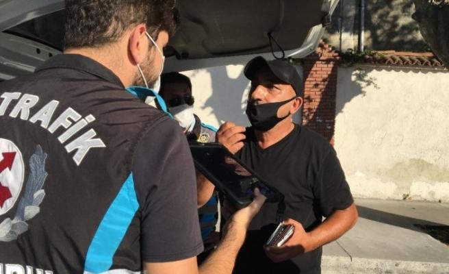 """Fazla yolcu taşıyan minibüsçü: """"Bize hergün ceza yazın"""""""