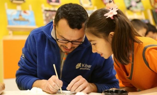 Gönüllülük faaliyetlerinde bir yılda 4 bini aşkın çocuğa ulaşıldı