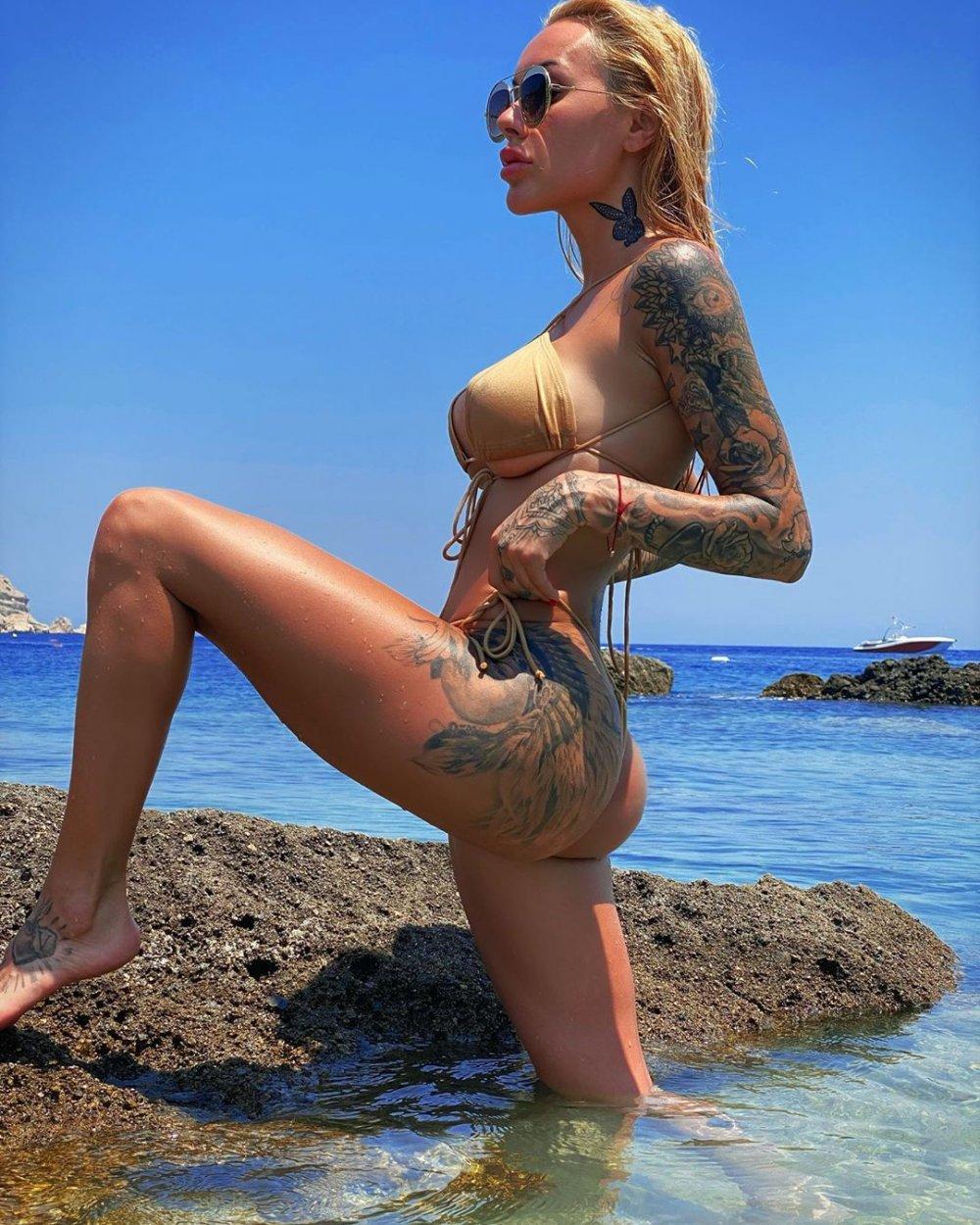 irina moroziuk bikini