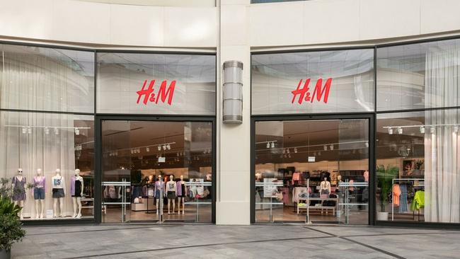 İstanbul'da 22'inci mağazayı açtı